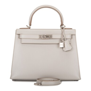 Hermès Gris Perle Sellier Kelly 28cm of Tadelakt Leather with Palladium Guilloche Hardware