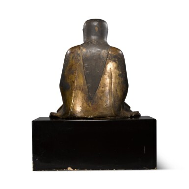 View 4. Thumbnail of Lot 225. A large gilt-lacquered wood figure of Zhenwu, Ming dynasty   明 木漆金真武坐像.