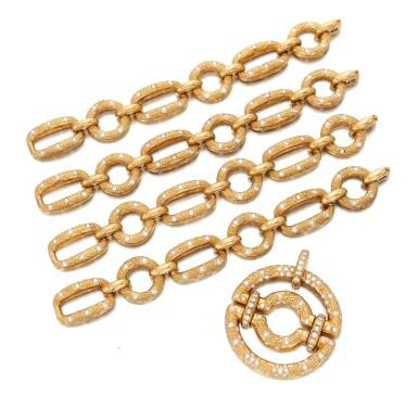 View 4. Thumbnail of Lot 90. Diamond Pendant-necklace (Collana con pendente in diamanti).