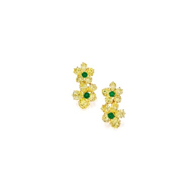 PAIR OF GOLD, FANCY INTENSE YELLOW DIAMOND, COLORED DIAMOND AND EMERALD EARCLIPS, VAN CLEEF & ARPELS, FRANCE | 黃金鑲濃彩黃色鑽石配彩色鑽石及祖母綠耳環一對,梵克雅寶