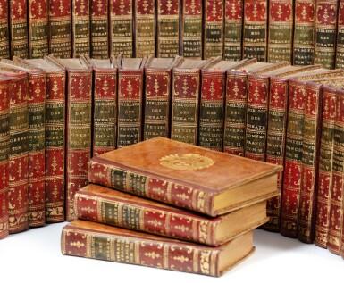 View 1. Thumbnail of Lot 93. Petite bibliothèque des théâtres. 43 volumes aux armes de la comtesse de Provence..