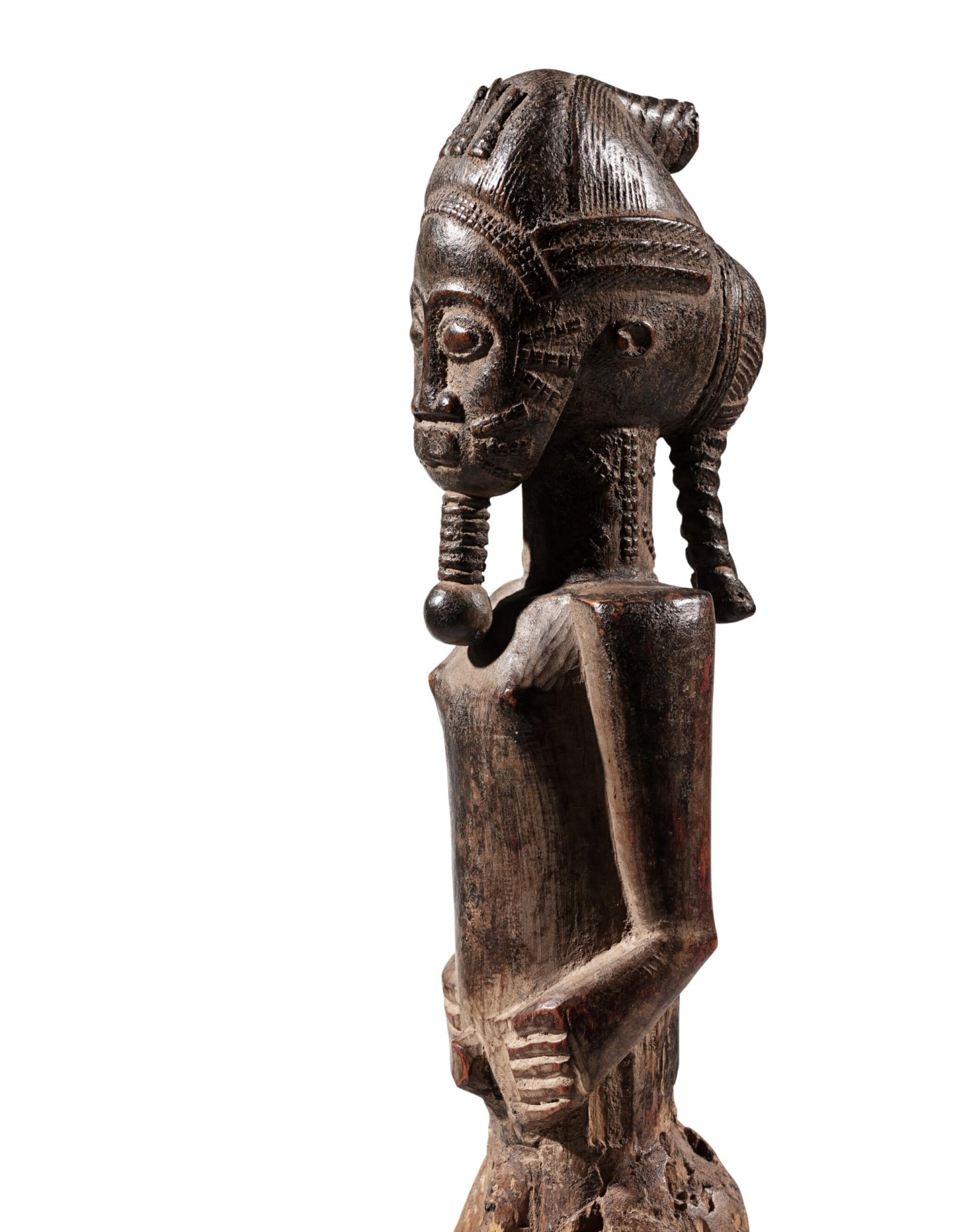 View full screen - View 1 of Lot 206. Statue, Baulé, Côte d'Ivoire | Baule figure, Côte d'Ivoire.