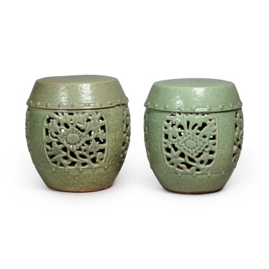 View 2. Thumbnail of Lot 90. A pair of pierced and carved 'Longquan' celadon-glazed garden seats, Ming dynasty | 明 龍泉窰青釉開光鏤空花卉紋坐墩一對.
