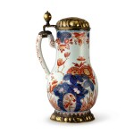 A DUTCH DELFT DORE SILVER-GILT MOUNTED TANKARD EARLY 18TH CENTURY