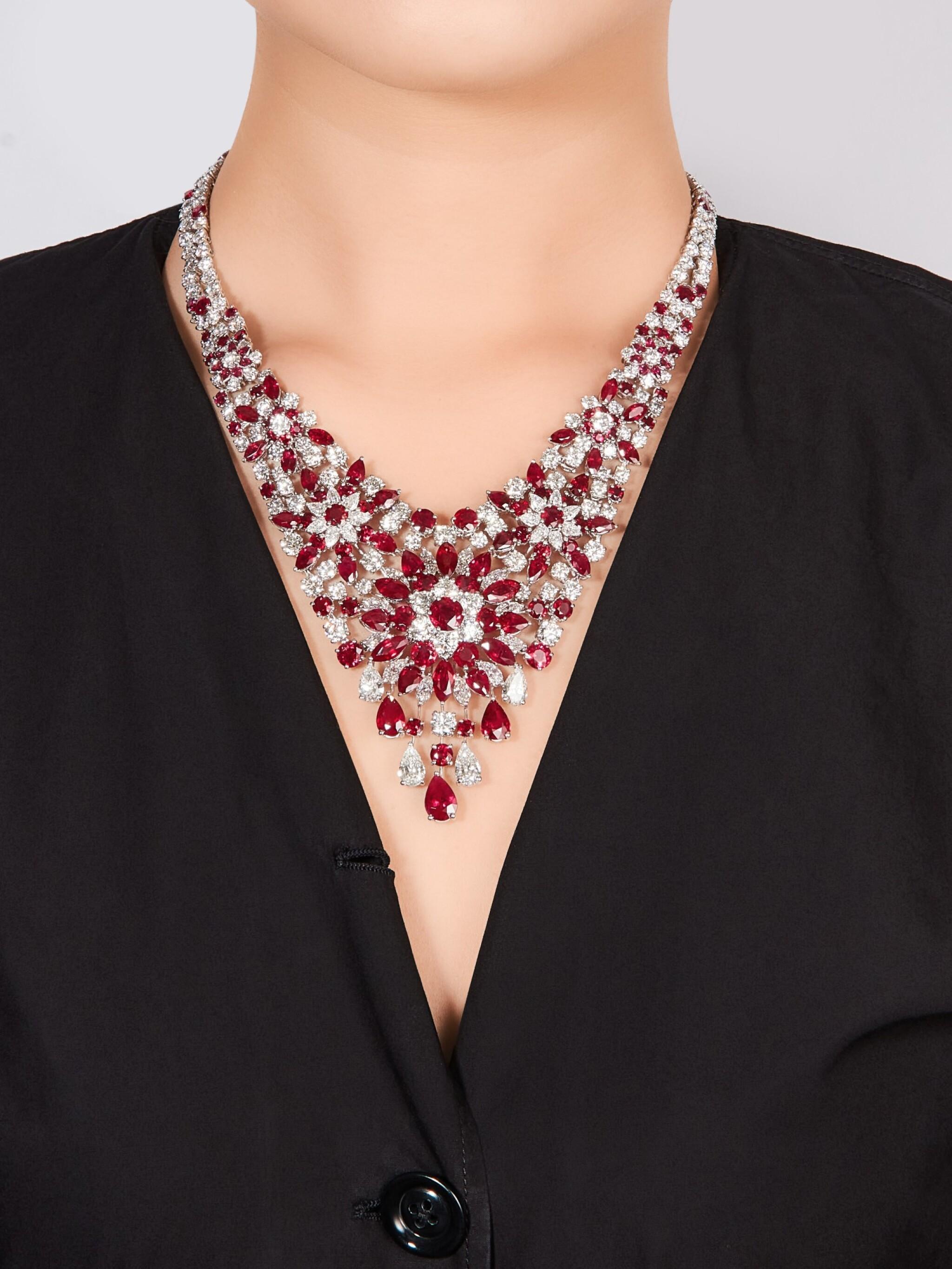 View full screen - View 1 of Lot 1611. GRAFF | RUBY AND DIAMOND NECKLACE | 格拉夫 | 紅寶石 配 鑽石 項鏈﹙ 紅寶石及鑽石共重約60.30及50.57卡拉﹚.