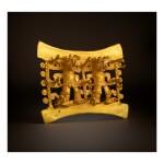 DIQUÍS GOLD DOUBLE FIGURAL PENDANT CIRCA AD 800-1200