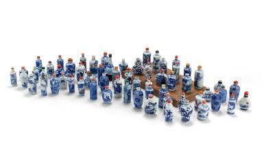 View 1. Thumbnail of Lot 233. Ensemble de 62 tabatières en porcelaine bleu blanc Dynastie Qing, XVIIIE-XXE siècle | 清十八至二十世紀 青花鼻煙壺一組六十二件 | A group of sixty-two blue and white snuff bottles, Qing Dynasty, 18th-20th century.