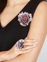GILIN | 'ROSALINDA' DIAMOND DEMI-PARURE | Gilin | 'Rosalinda' 鑽石別針及戒指套裝