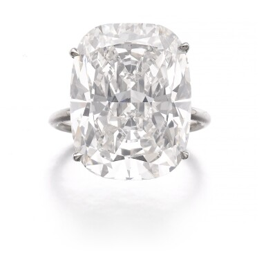 ATTRACTIVE DIAMOND RING