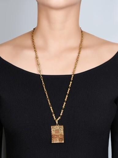 View 4. Thumbnail of Lot 9021. 'Sposalizio della Vergine' Gold Pendent Necklace | 'Sposalizio della Vergine' 黃金項鏈.