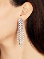 GRAFF | 'SNOWFALL' DIAMOND PENDENT EARRINGS | 格拉夫 | 'Snowfall' 鑽石吊耳環一對 ( 鑽石共重約21.35卡拉 )
