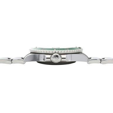 View 5. Thumbnail of Lot 406. 'Hulk' Submariner, Ref. 116610LV Stainless steel wristwatch with date and bracelet Circa 2010 | 勞力士 116610LV型號「'Hulk' Submariner」精鋼鍊帶腕錶備日期顯示,年份約2010.