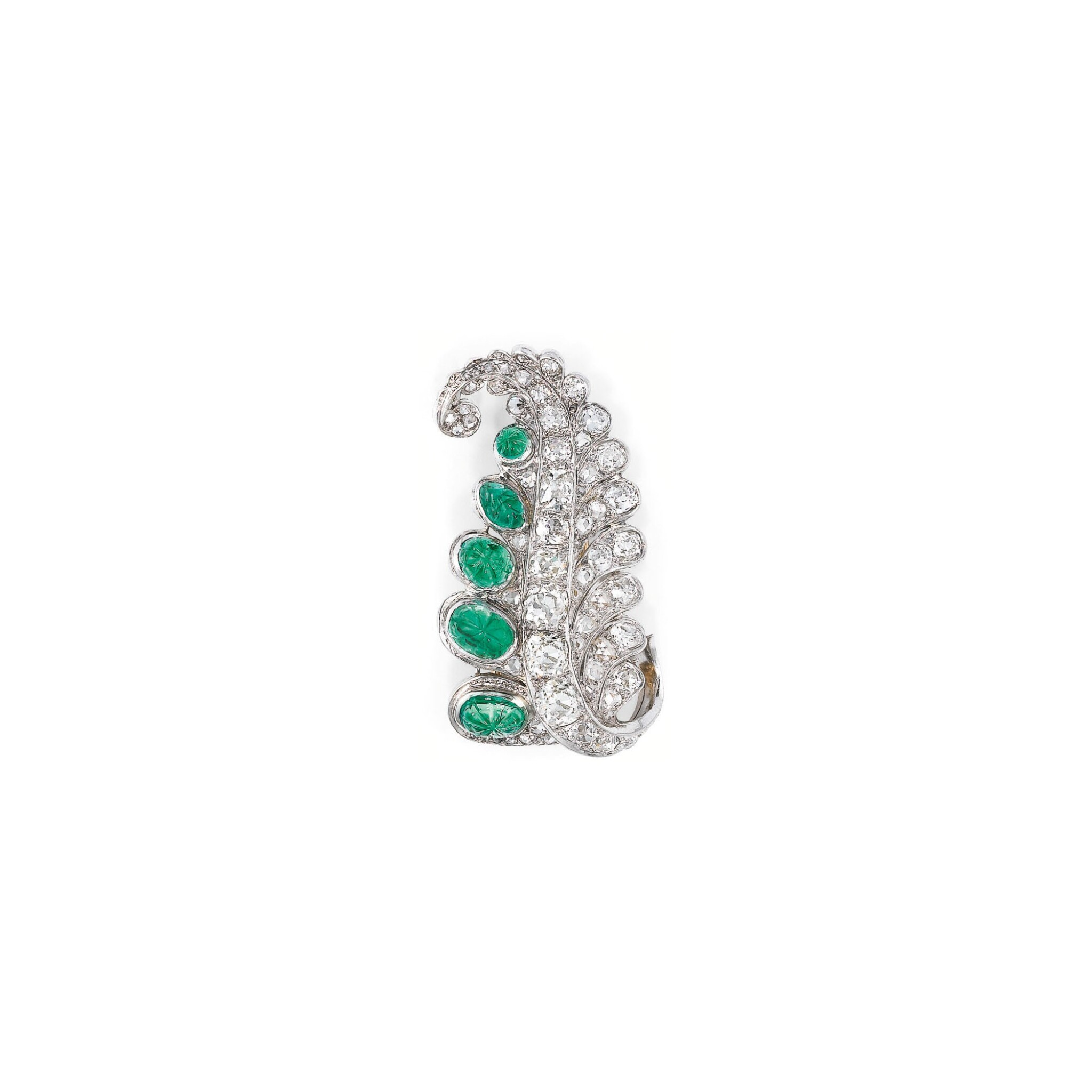 """View full screen - View 1 of Lot 252. CLIP EMERAUDES ET DIAMANTS, """"HINDOU"""", SUZANNE BELPERRON   EMERALD AND DIAMOND CLIP, 'HINDOU', SUZANNE BELPERRON."""