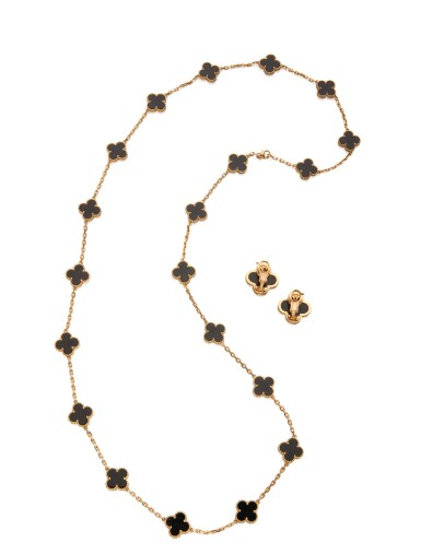 ONYX 'ALHAMBRA' NECKLACE AND PAIR OF EARCLIPS, VAN CLEEF & ARPELS