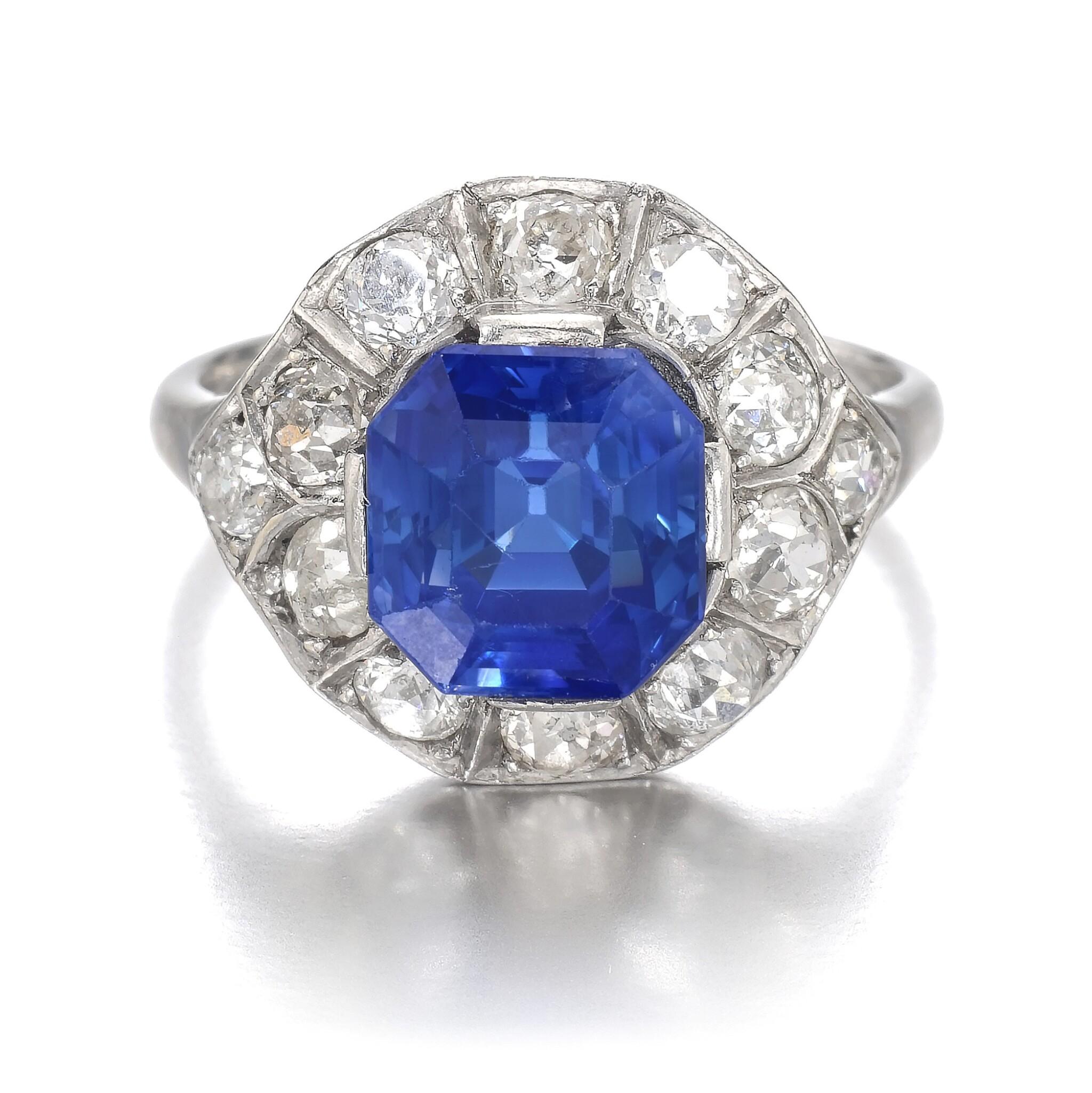 View full screen - View 1 of Lot 634. Sapphire and diamond ring   藍寶石配鑽石戒指.