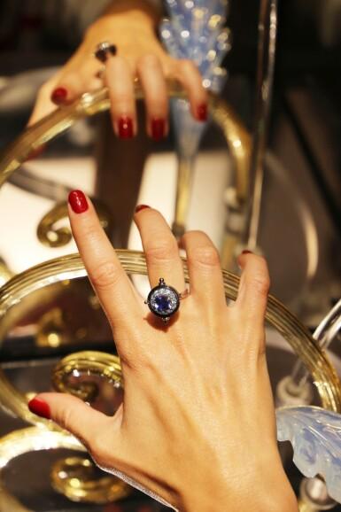 View 5. Thumbnail of Lot 3. Elie Top, Sapphire and Diamond Ring [Bague Saphir et Diamants], 'Sirius'.