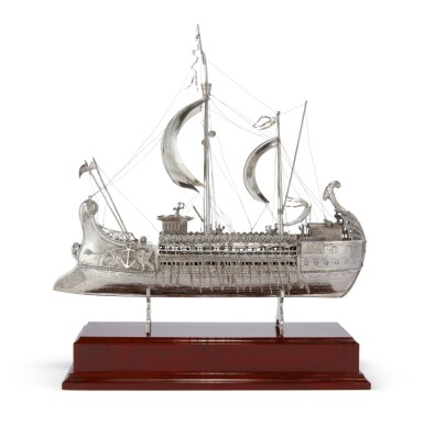 A SPANISH SILVER MODEL OF AN ANCIENT GREEK BIREME, MID 20TH CENTURY