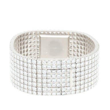 View 7. Thumbnail of Lot 60. Kalla, Ref. 35704-707G White gold and diamond-set bracelet watch Made in 1990 | 江詩丹頓35704-707G型號「Kalla」白金鑲鑽石鍊帶腕錶,1990年製.