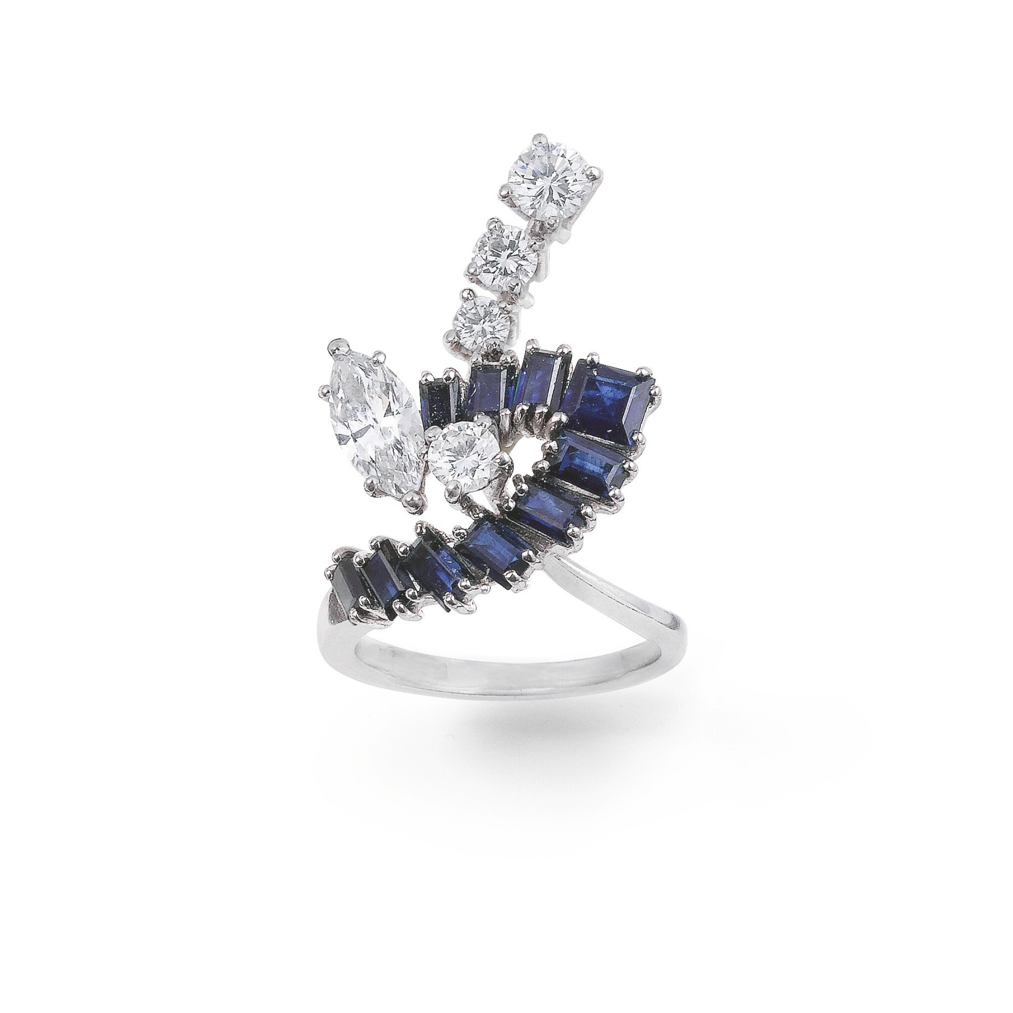 View full screen - View 1 of Lot 92. Sapphire and diamond ring [Bague saphirs et diamants].