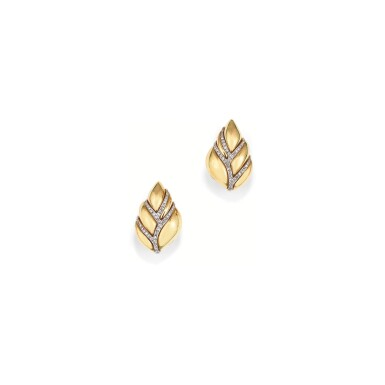 PAIRE DE CLIPS D'OREILLE DIAMANTS, MELLERIO, 1991 | PAIR OF DIAMOND EAR CLIPS, MELLERIO, 1991