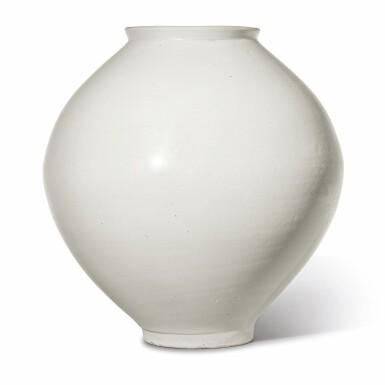 View 2. Thumbnail of Lot 129. A luminous white moon jar, Korea, Joseon dynasty, 18th century | 朝鮮王朝 十八世紀 白釉滿月花罐.