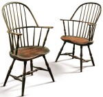 VERY FINE AND RARE PAIR OF GREEN AND RED PAINTED WINDSOR SACK-BACK ARMCHAIRS, NEW ENGLAND, CIRCA 1790
