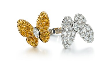DIAMOND AND YELLOW SAPPHIRE RING, 'TWO BUTTERFLY BETWEEN THE FINGER', VAN CLEEF & ARPELS | 鑽石 配 黃色剛玉 戒指, 'Two Butterfly Between the Finger', 梵克雅寶(Van Cleef & Arpels)