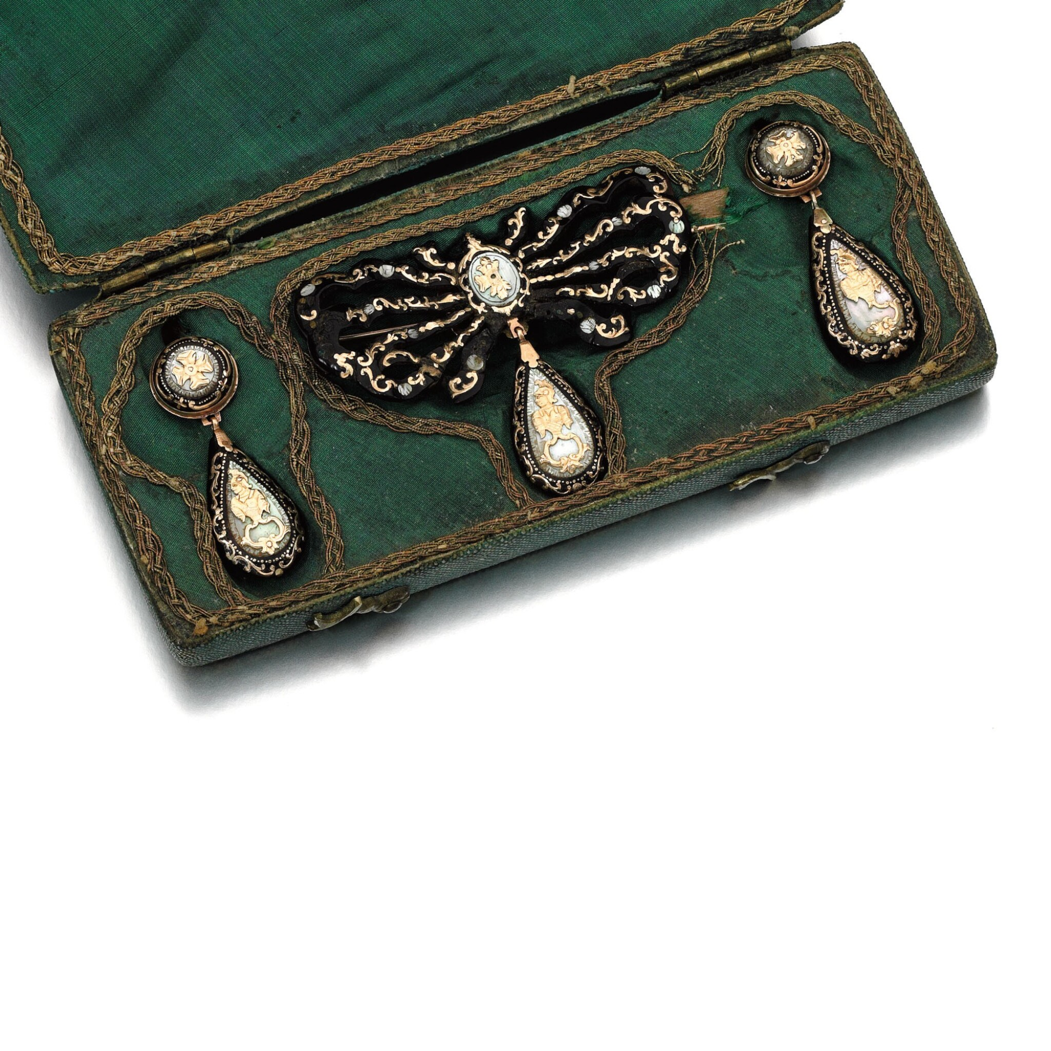 TORTOISESHELL AND MOTHER-OF-PEARL DEMI-PARURE, 18TH CENTURY