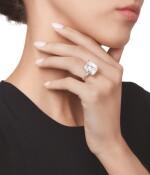 DIAMOND RING, MOUNTED BY HARRY WINSTON | 鑽石戒指,海瑞溫斯頓