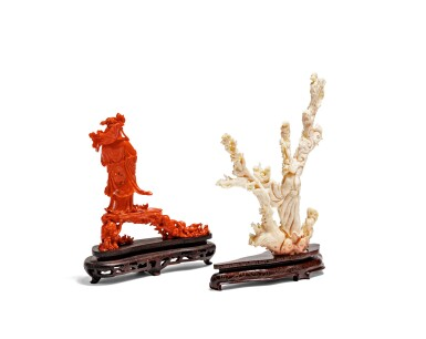 View 2. Thumbnail of Lot 219. Deux groupes en corail sculpté Début du XXE siècle | 二十世紀初 紅珊瑚雕持蓮觀音立像及白珊瑚雕仕女立像 | Two carved coral figural groups, early 20th century.