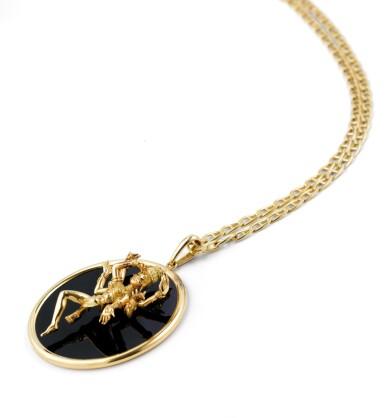 View 4. Thumbnail of Lot 132. Onyx pendant [Pendentif onyx].