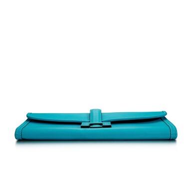 View 6. Thumbnail of Lot 8333. Turquoise Swift Jige Elan 29, 2014 | 愛馬仕藍綠色 Swift 小牛皮29公分 Jige Elan 手拿包,2014年.