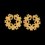 A pair of gold ear ornaments Possibly Java or Indonesian archipelago | 或爪哇或印尼群島 金耳飾一對