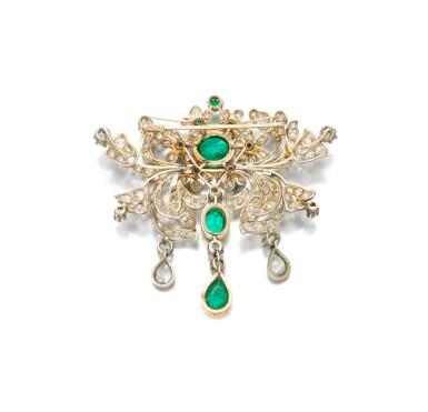 View 4. Thumbnail of Lot 6. Emerald and diamond pendant-necklace (Collana con pendente in smeraldi e diamanti), 1890.