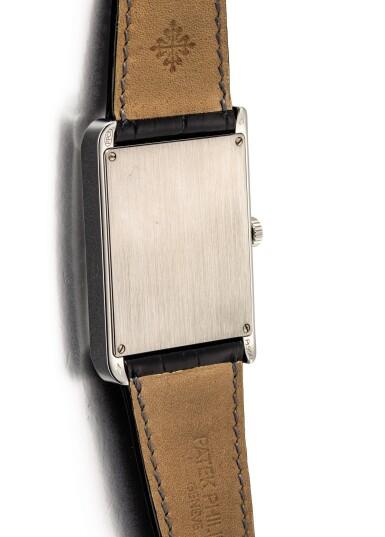 "View 3. Thumbnail of Lot 2087. PATEK PHILIPPE | REFERENCE 5076, A PLATINUM WRISTWATCH WITH CLOISONNÉ ENAMEL DIAL, CIRCA 2007 | 百達翡麗 | ""型號5076 鉑金腕錶,備掐絲琺瑯錶盤,機芯編號1827178,錶殼編號4432210,約2007年製""."