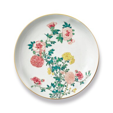 A LARGE CHINESE FAMILLE-ROSE 'FLORAL' DISH QING DYNASTY, YONGZHENG PERIOD | 清雍正 粉彩花卉圖大盤