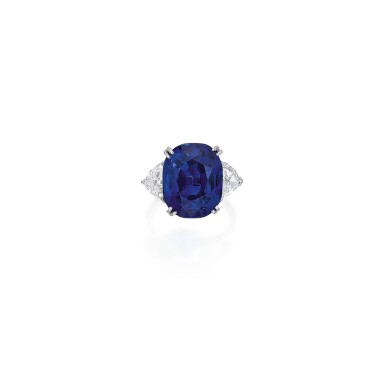 SAPPHIRE AND DIAMOND RING | 藍寶石配鑽石戒指