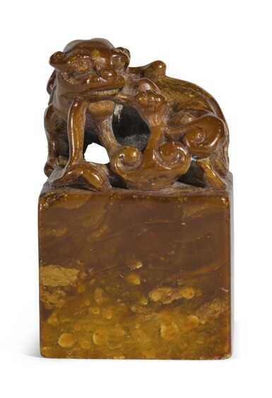 A SOAPSTONE 'MYTHICAL BEAST' SEAL   REPUBLICAN PERIOD