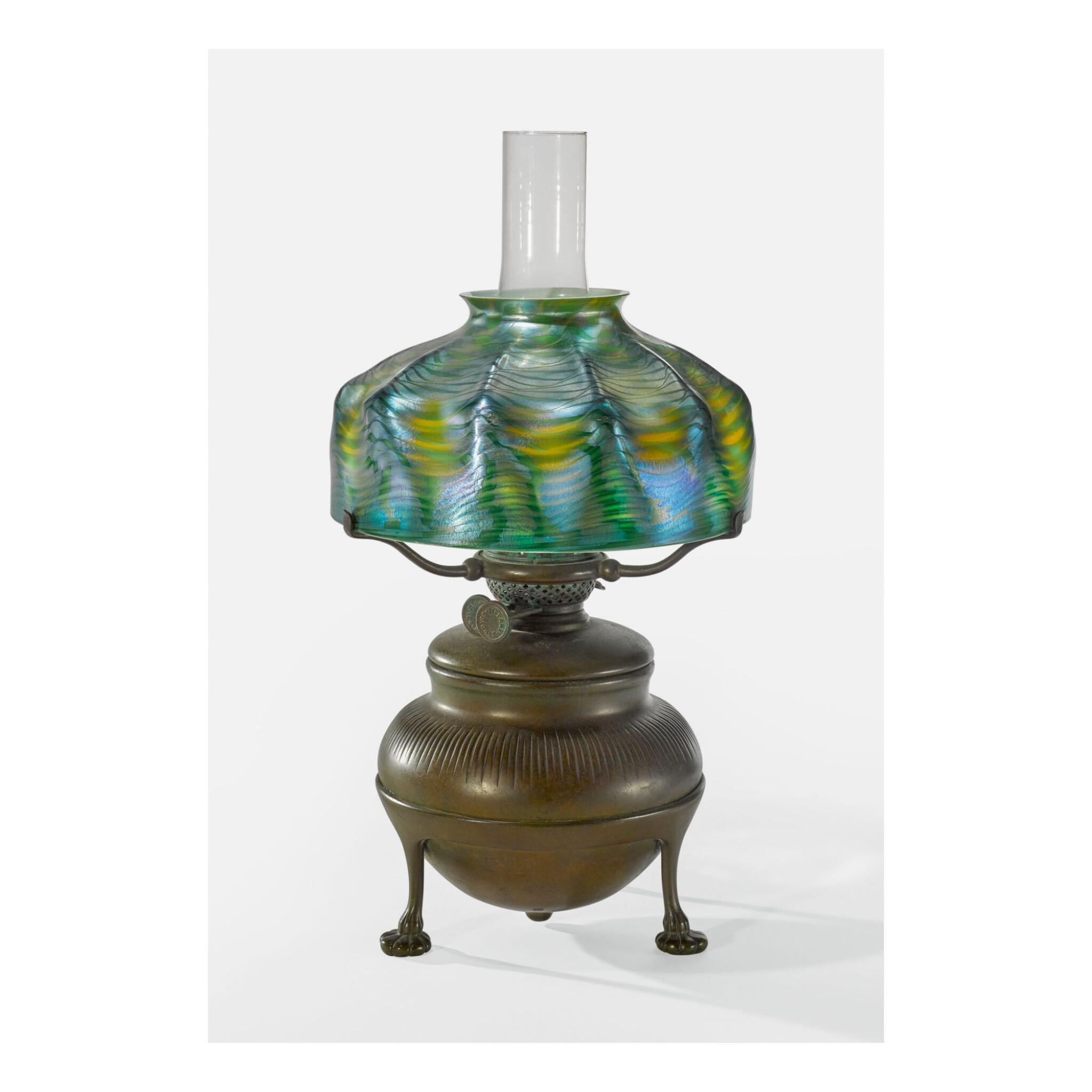 TIFFANY STUDIOS | KEROSENE TABLE LAMP