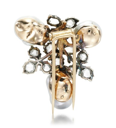 View 3. Thumbnail of Lot 259. BUCCELLATI | PEARL AND DIAMOND BROOCH.