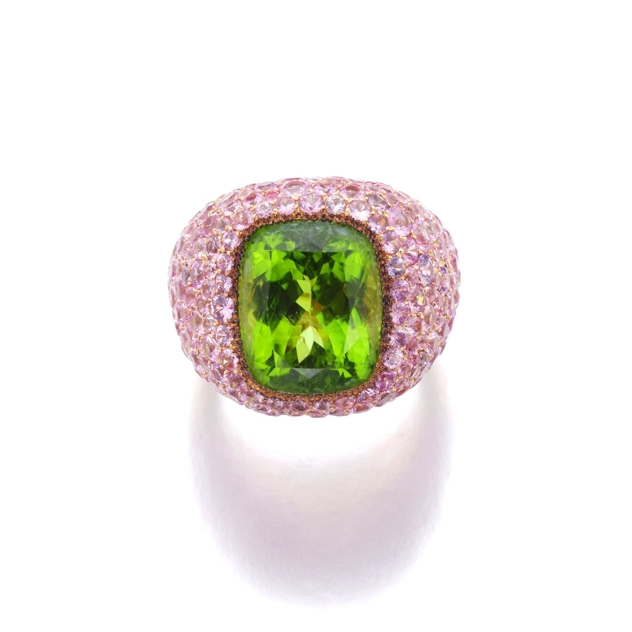View full screen - View 1 of Lot 6. MICHELE DELLA VALLE | PERIDOT AND PINK SAPPHIRE RING.