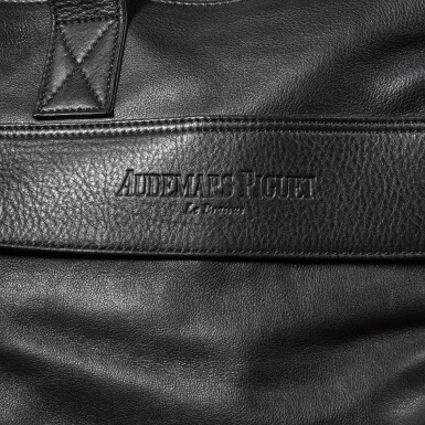 View 4. Thumbnail of Lot 723. BLACK LEATHER TOTE MESSENGER BAG.
