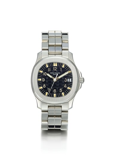 PATEK PHILIPPE | AQUANAUT, REFERENCE 5066, A STAINLESS STEEL WRISTWATCH WITH DATE AND BRACELET, CIRCA 2000