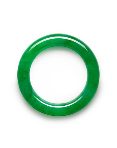 View 2. Thumbnail of Lot 1661. A VERY RARE AND IMPORTANT JADEITE BANGLE | 彌足珍品 天然翡翠滿色手鐲.