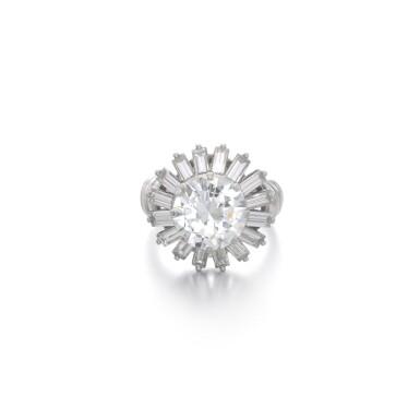 View 1. Thumbnail of Lot 1170. Diamond ring.