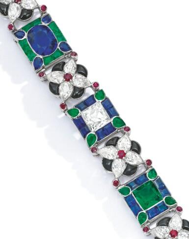 View 2. Thumbnail of Lot 498. EMERALD, RUBY, SAPPHIRE, ONYX AND DIAMOND BRACELET, CARTIER, FRANCE   祖母綠配紅寶石、藍寶石、縞瑪瑙及鑽石手鏈,卡地亞.