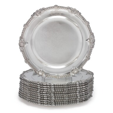 A SET OF TWELVE GEORGE III SILVER SOUP PLATES, PAUL STORR, LONDON, 1809
