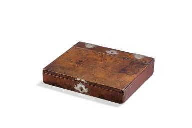 A LATE 18TH CENTURY SILVER-MOUNTED LEATHER WRITING CASE [ECRITOIRE EN CUIR ET MONTURE D'ARGENT DE LA FIN DU XVIIIE SIÈCLE]