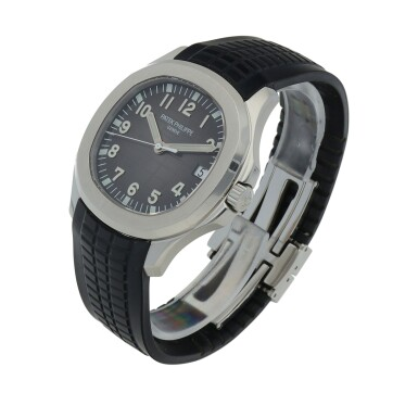 View 2. Thumbnail of Lot 401. Aquanaut, Ref. 5167A Stainless steel wristwatch with date Circa 2018 | 百達翡麗 5167A型號「Aquanaut」精鋼腕錶備日期顯示,年份約2018.