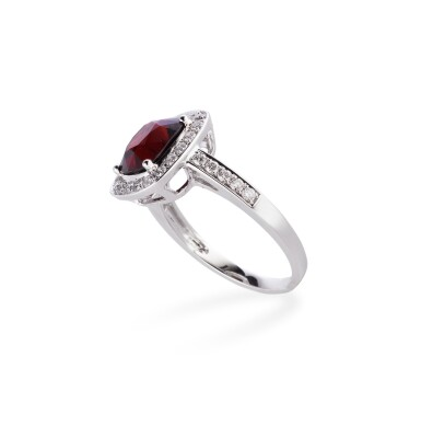 View 2. Thumbnail of Lot 120. Spinel and diamond ring [Bague spinelle et diamants].
